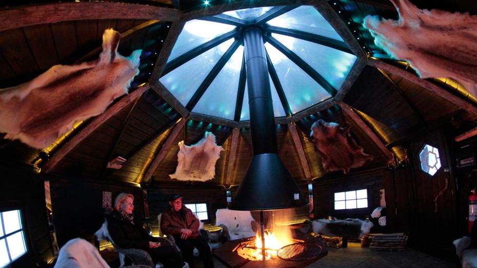 Ubytování v teplém finském hotelu s prosklenou střechou