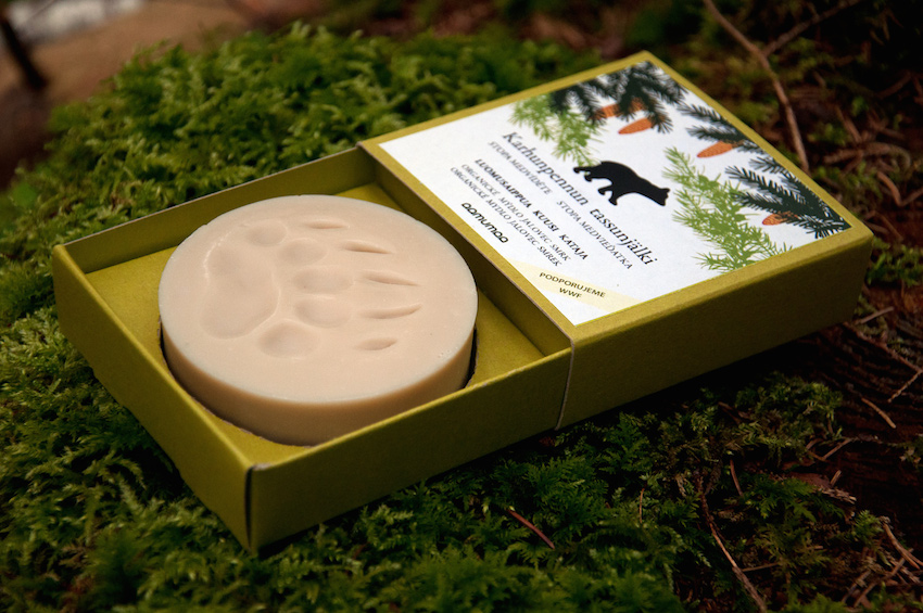 Aamumaa Organické mýdlo stopa medvíděte, jalovec smrk