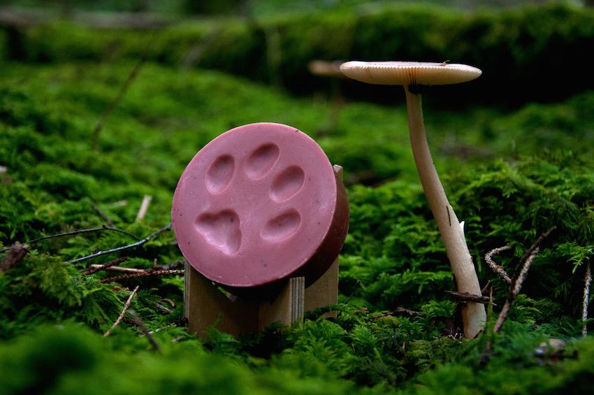 Aamumaa organické mýdlo stopa malého rysa, brusinka rozmarýn