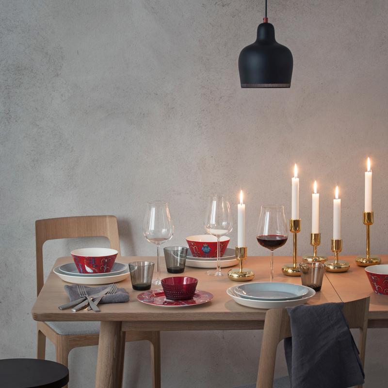 Iittala-Weihnachten-gedeckter-Tisch