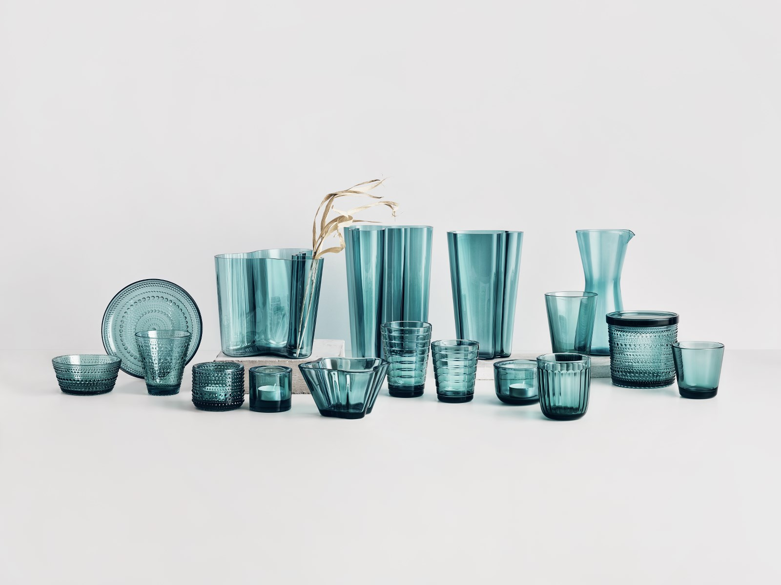 Iittala_2019_seablue_group_JPG